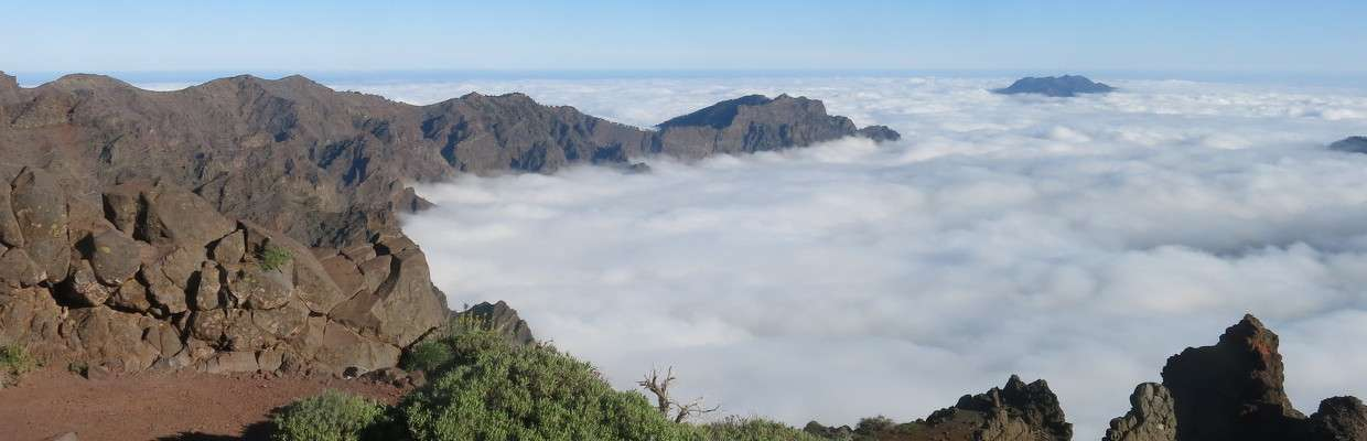 header_clouds_caldera