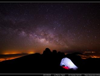 2017_03_25-tent_milkyway1_border_web_qual_small